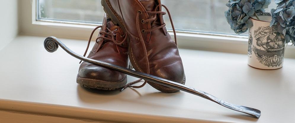 wrought-iron-handmade-shoe-horn